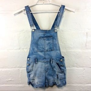 Almost Famous Distressed Overall Shorts Sz9